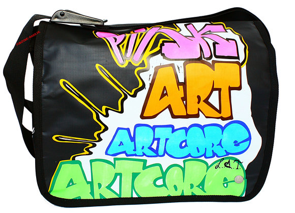 Poodlebag young art graffity<br>Artcore big