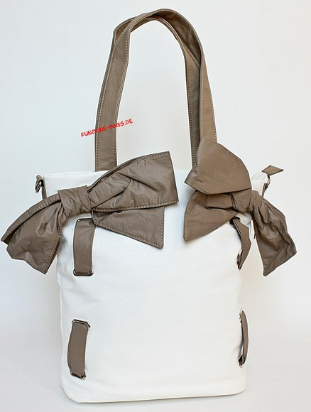 Bulaggi shopper bows